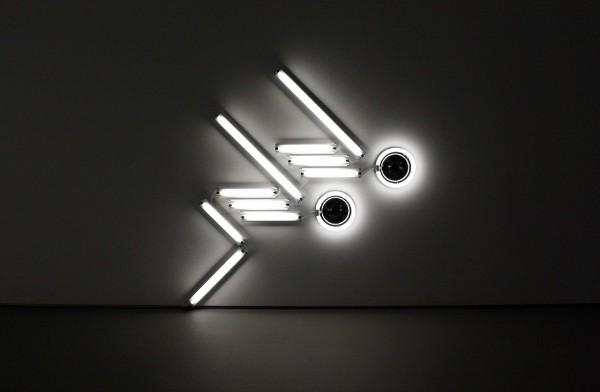 Light Sculptures by Iván Navarro 3
