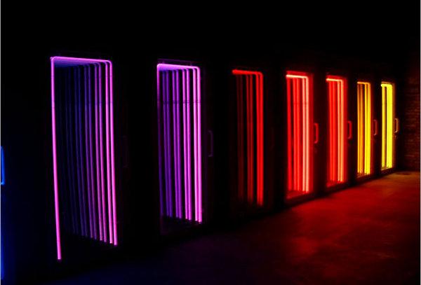 Light Sculptures by Iván Navarro 8