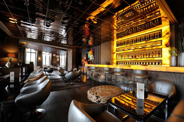 larc-paris-restaurant-and-nightclub-7