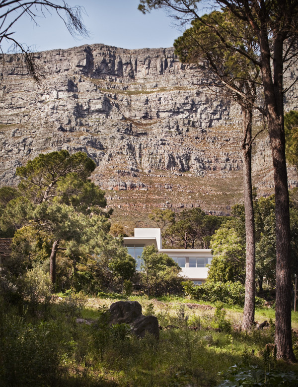 Bridle Road Residence Cape Town 11