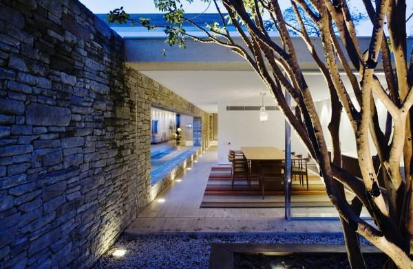 Mirindiba House by Marcio Kogan 10