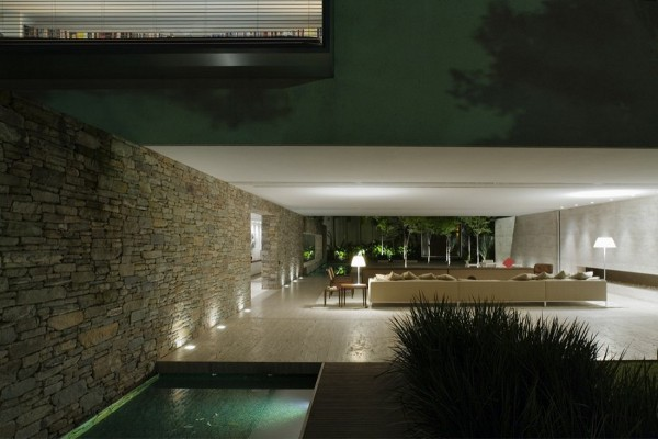 Mirindiba House by Marcio Kogan 11