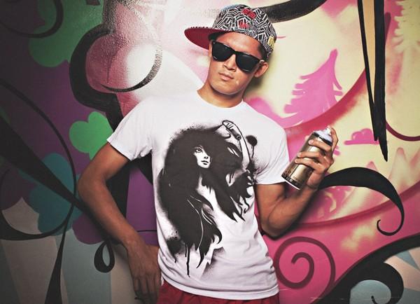 Hairspray T-Shirt by Jasmiini Ottelin