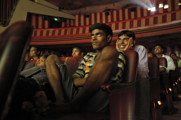 Reuters Best Photos of 2010 – DANISH SIDDIQUI captures the pride of Indian cinema