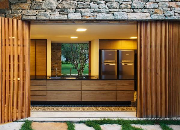 Bahia House by Marcio Kogan 13