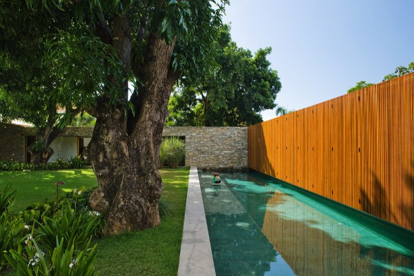 Bahia House by Marcio Kogan 9