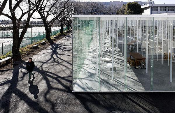 Kanagawa-Institute-of-Technology-Glass-Building-12