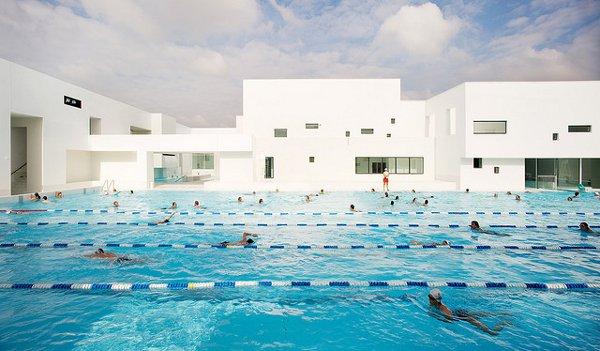 Les Bains Des Docks Aquatic Center 12