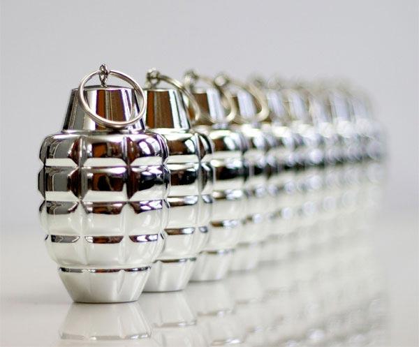 grenade-ornament_2