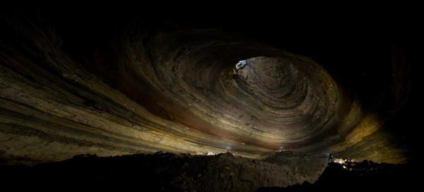 Earth From Below by Stephen Alvarez 10