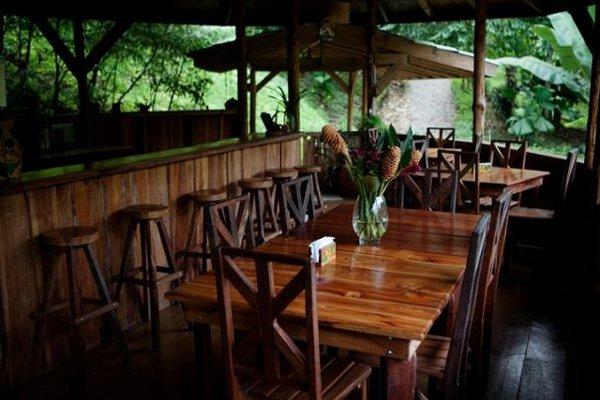 Finca Bellavista Treehouse Community 12