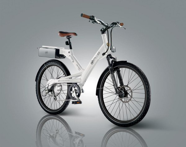 UltraMotor A2B Velocity Hybrid Bike 3