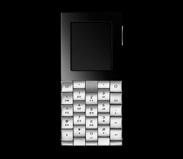 Aesir Copenhagen Luxury Phone by Yves Behar 4
