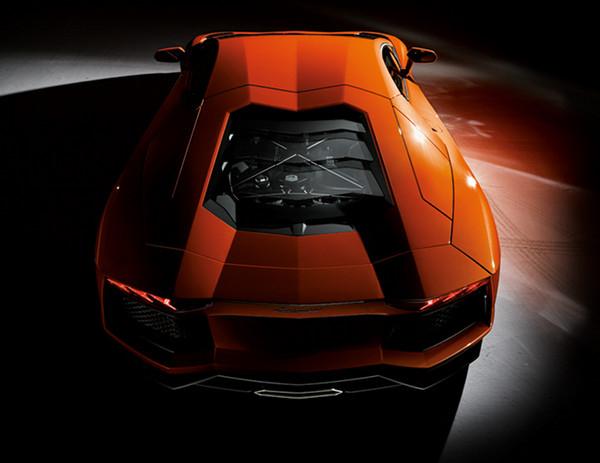 Lamborghini Aventador 4 Lamborghini Aventador