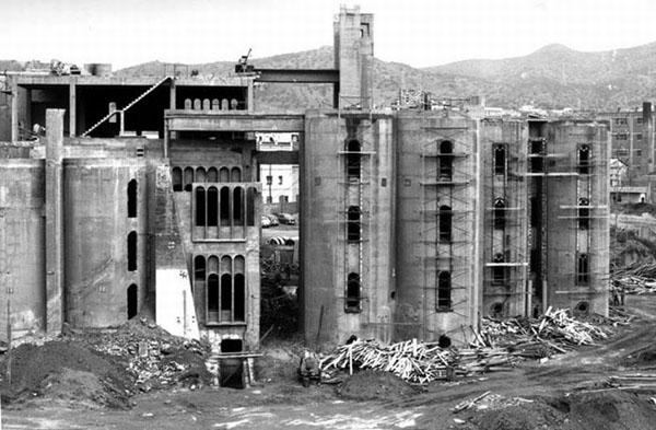 Ricardo Bofill Concrete Factory Home 2