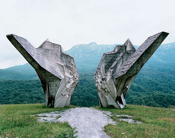 Abandoned Yugoslavian Monuments by Jan Kempenaers 8