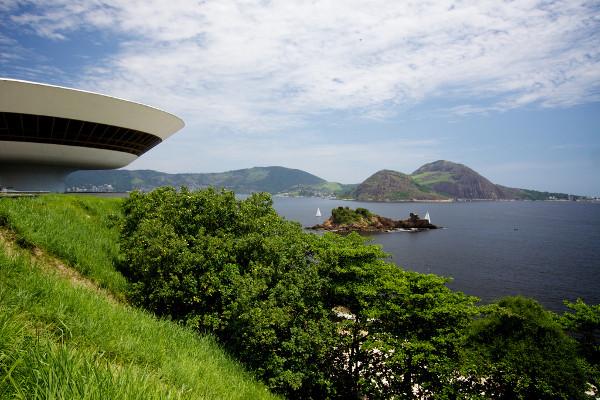 Oscar Niemeyer 3