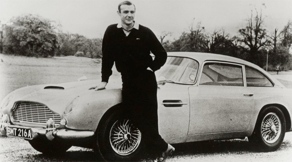 James Bond Aston Martin DB5