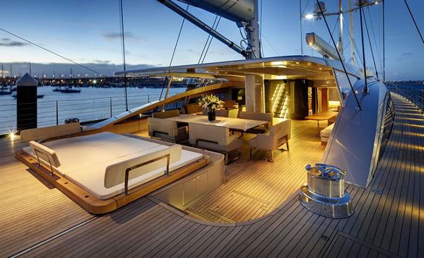 Alloy Yachts Vertigo 220 Superyacht 1 Alloy Yachts Vertigo 220 Superyacht