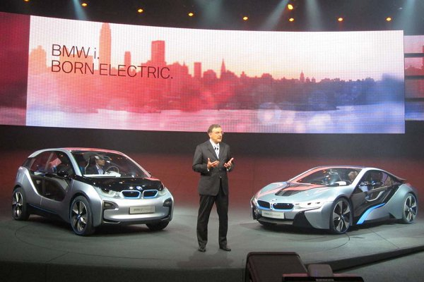 BMW i3 and i8 electric vehicles 8