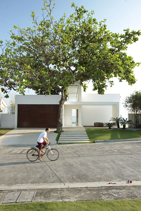 Batangas House by Cuerva and de Borja 1
