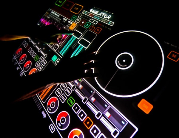 Emulator- Amazing Multi-Touch DJ Technology 1