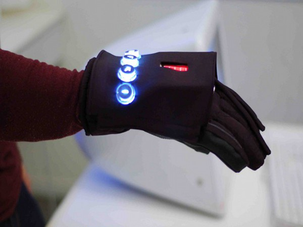 Frontline Gloves – Networked Security Gloves