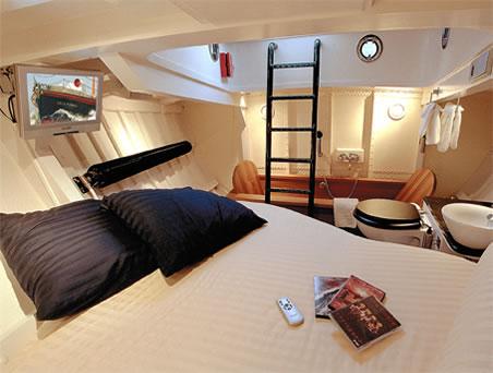 Harlingen Lifeboat Hotel 3