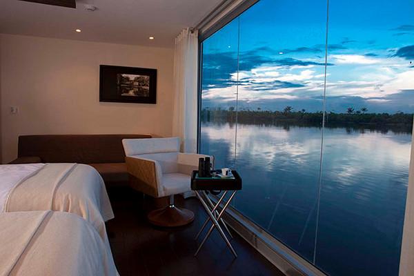 MV Aria Boutique Floating Hotel 2