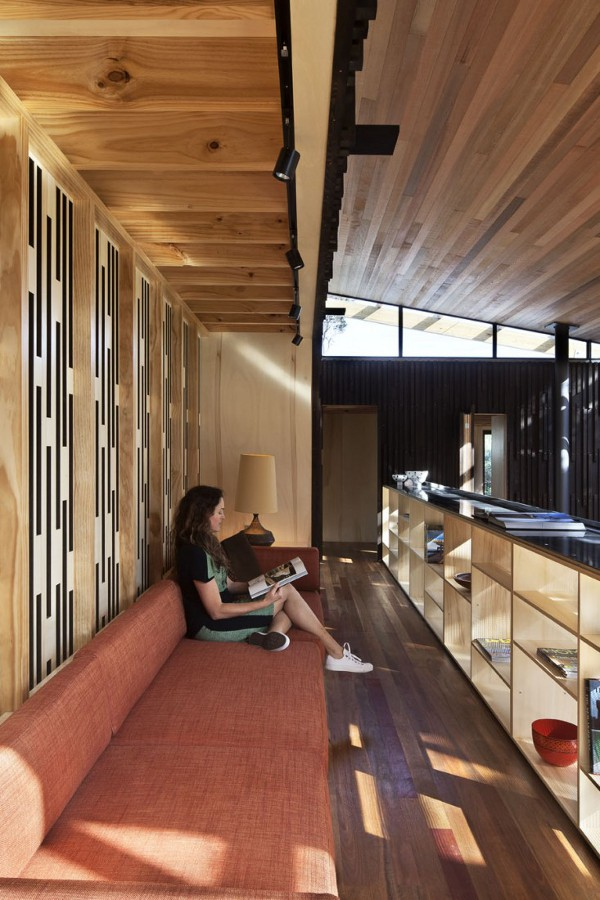 Pohutukawa Beach House by Herbst Architects 17