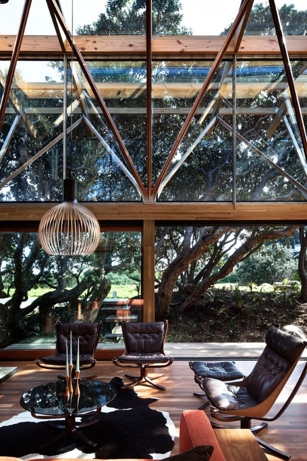 Pohutukawa Beach House by Herbst Architects 9
