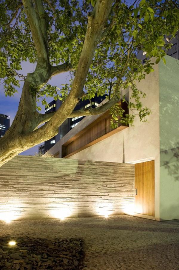 Chimney House by Marcio Kogan – Studio MK27 14