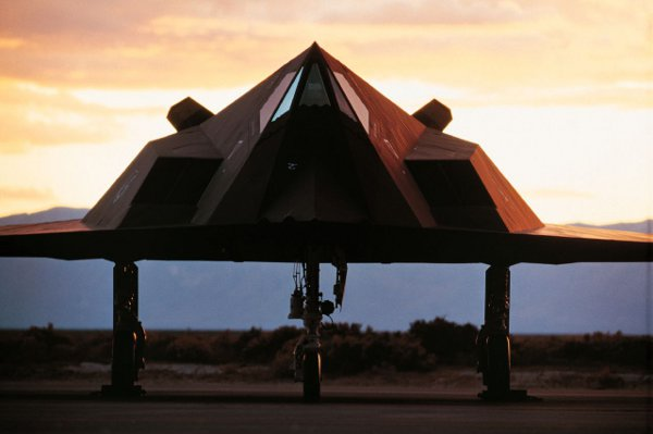 F-117 Stealth Fighter 1