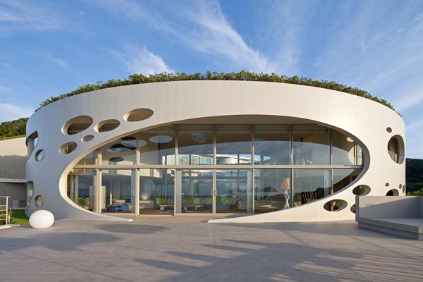 Villa Ronde by Ciel Rouge Creation 1