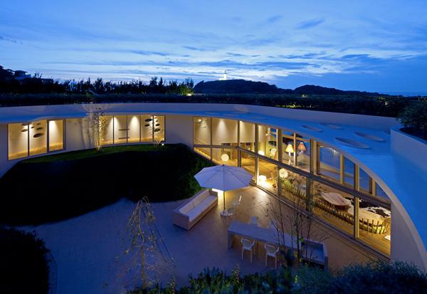 Villa Ronde by Ciel Rouge Creation 18