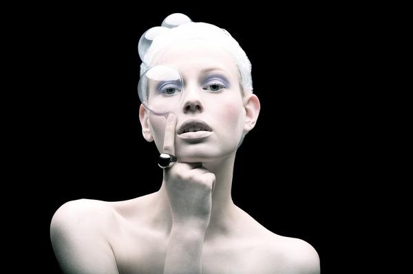 Plastic Fashion by Tomaas 10
