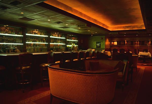 Berns Steak House – 11162011 – Berns Lounge
