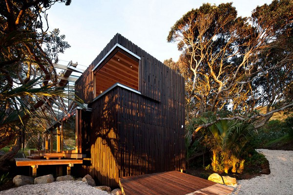 Pohutukawa-Beach-House-by-Herbst-Architects-5