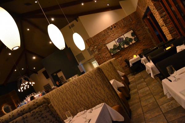 Sideberns Dining Room angle
