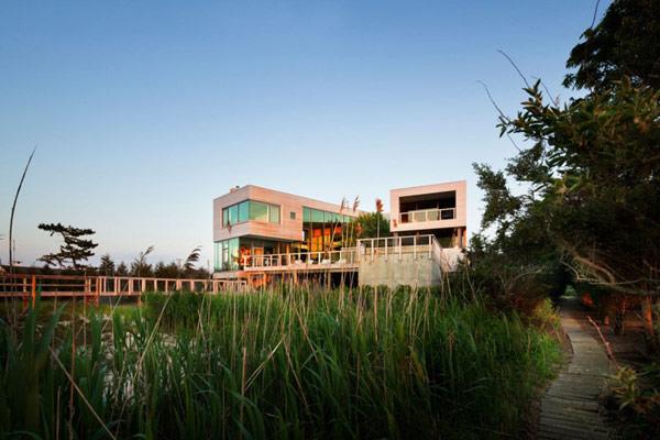 Bay House by Leroy Street Studio 1 Bay House by Leroy Street Studio