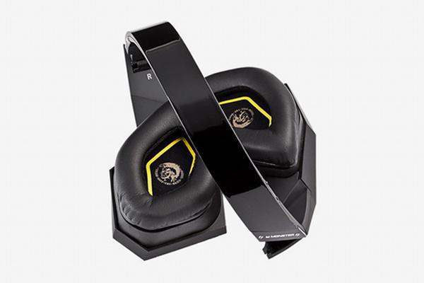 Diesel Vektr Headphones 3 Diesel Vektr Headphones