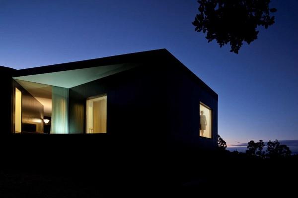 House CZ by SAMI Architectos 12