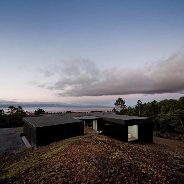 House CZ by SAMI Architectos 4