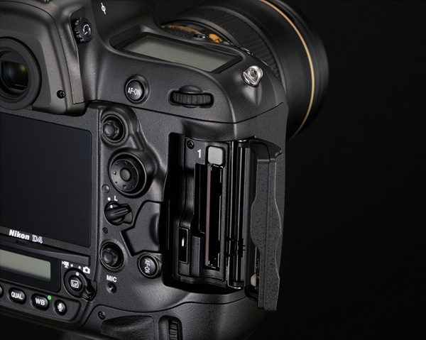 Nikon D4 DSLR 11