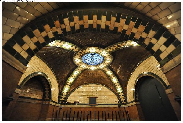 city-hall-subway-station-nyc_2