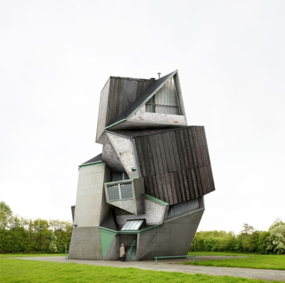 Architectural unreality in the photographs of Philip Dujardin 10