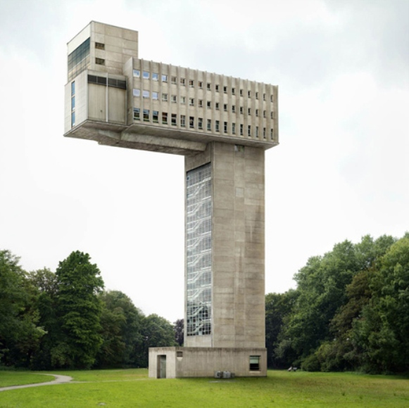 Architectural unreality in the photographs of Philip Dujardin 2 Surreal Architectural Photographs by Philip Dujardin