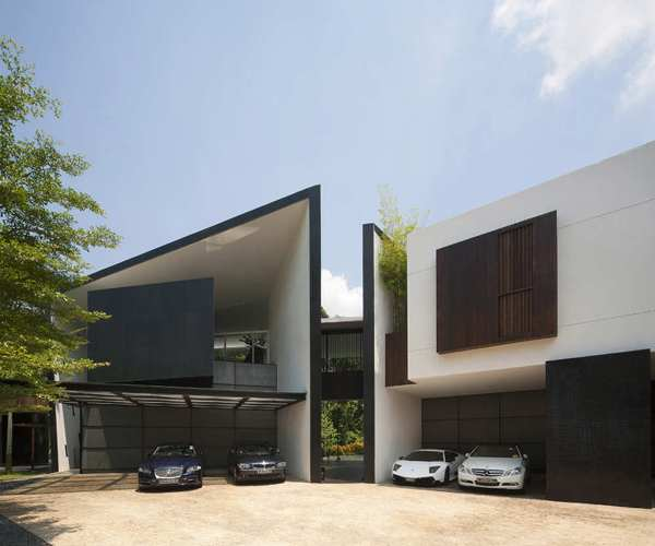 Black White House By Formwerkz Architects