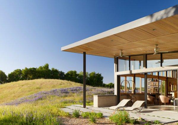 Caterpillar-House-Feldman-Architecture 1
