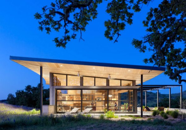Caterpillar-House-Feldman-Architecture-6